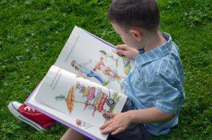 איך תגרמו לילדיכם לקרוא ספרים